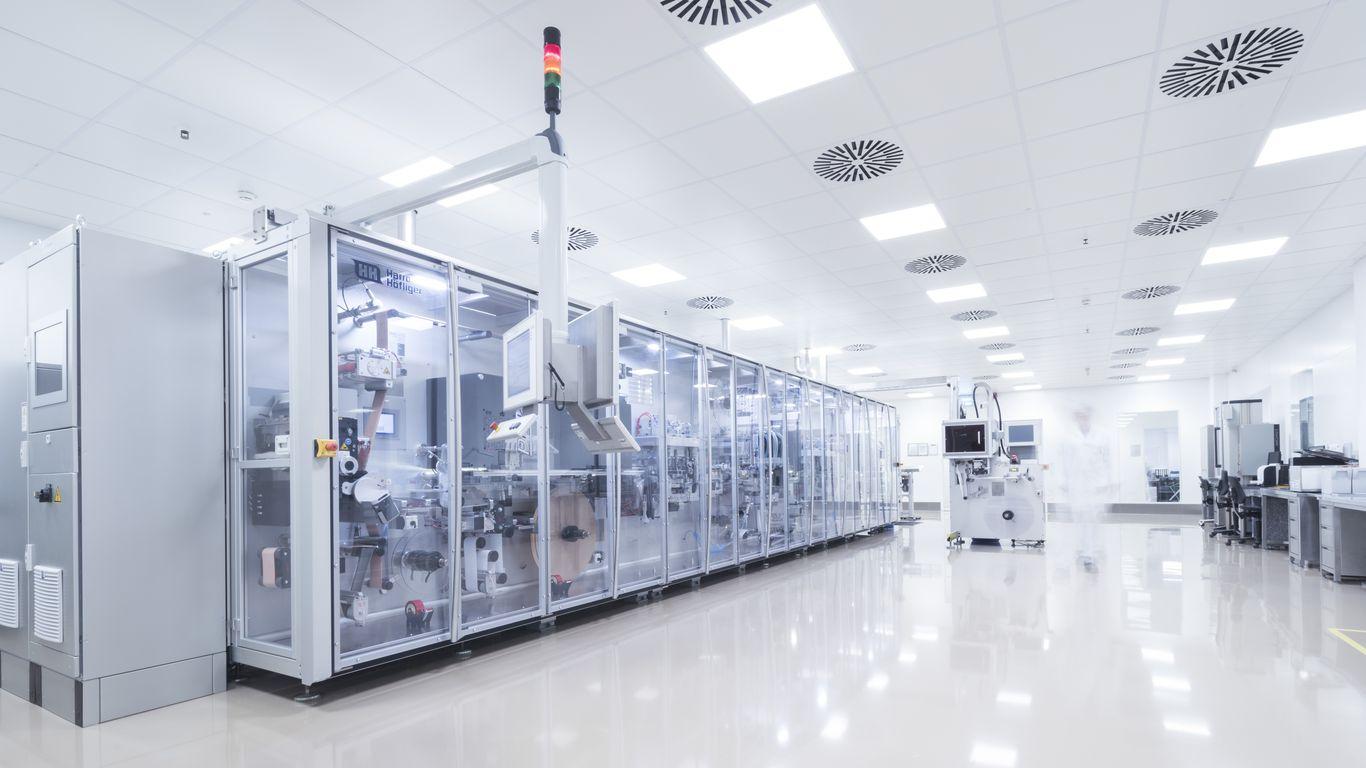 Unsere Qualitätssysteme sind unter anderem von der FDA, EMA, PMDA, CFDA und ANVISA akkreditiert.